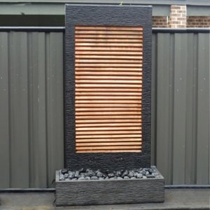 Water Wall – Shiny Louver
